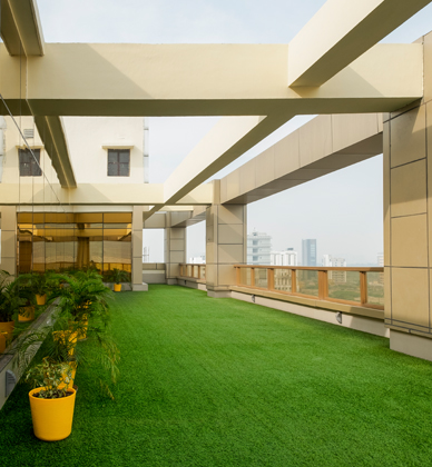 Property for rent in Noida